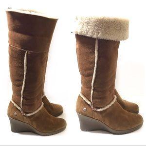 UGG 8 Brown Shearling Knee Boot Wedge Sandra 5449